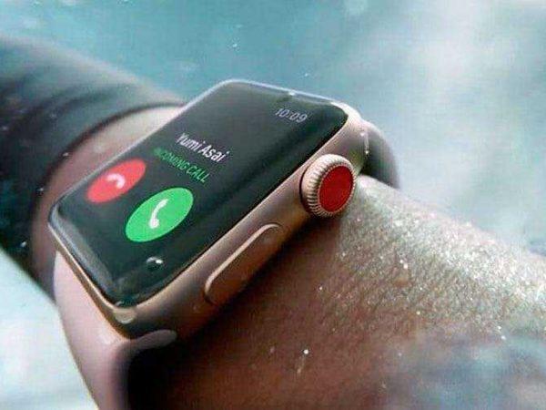 Apple Watch управляется при помощи жестов рук